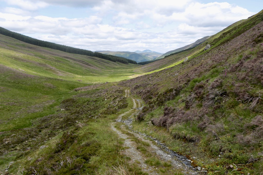 Track in Glen Ample