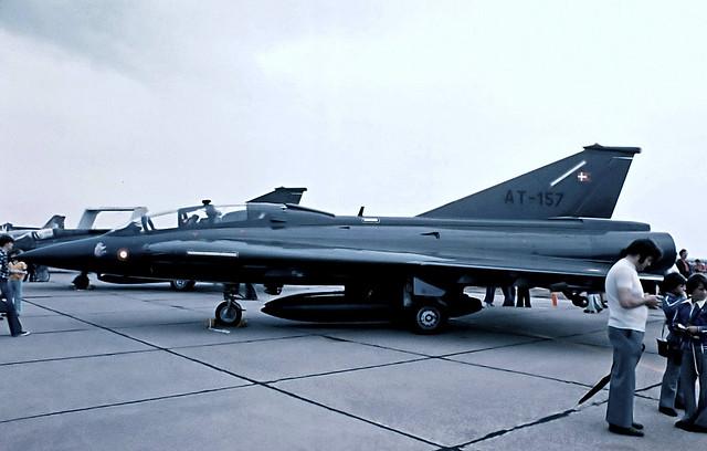 AT-157   Saab TF-35 Draken [351157] (Royal Danish Air Force) RAF Mildenhall~G 04/07/1976