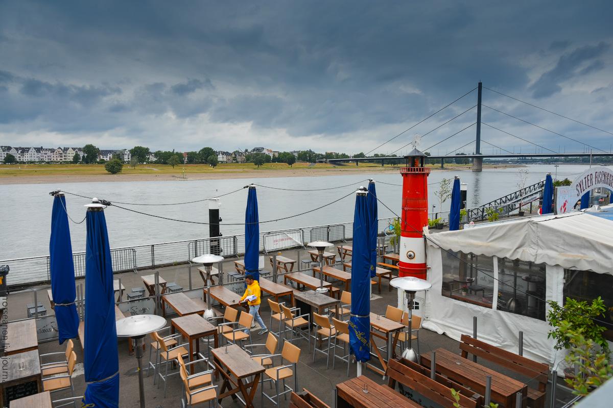 Duesseldorf-Rhein-(7)