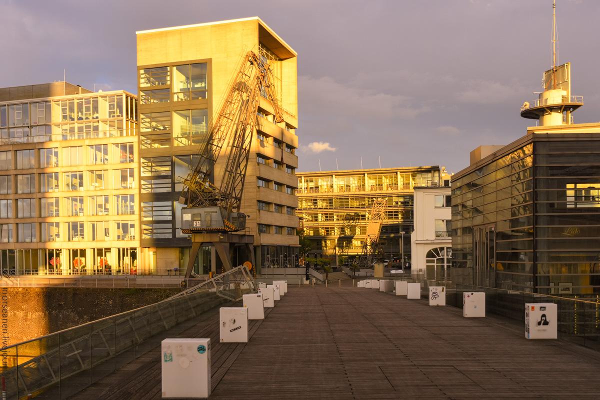 Duesseldorf-Mediahafen-(35)