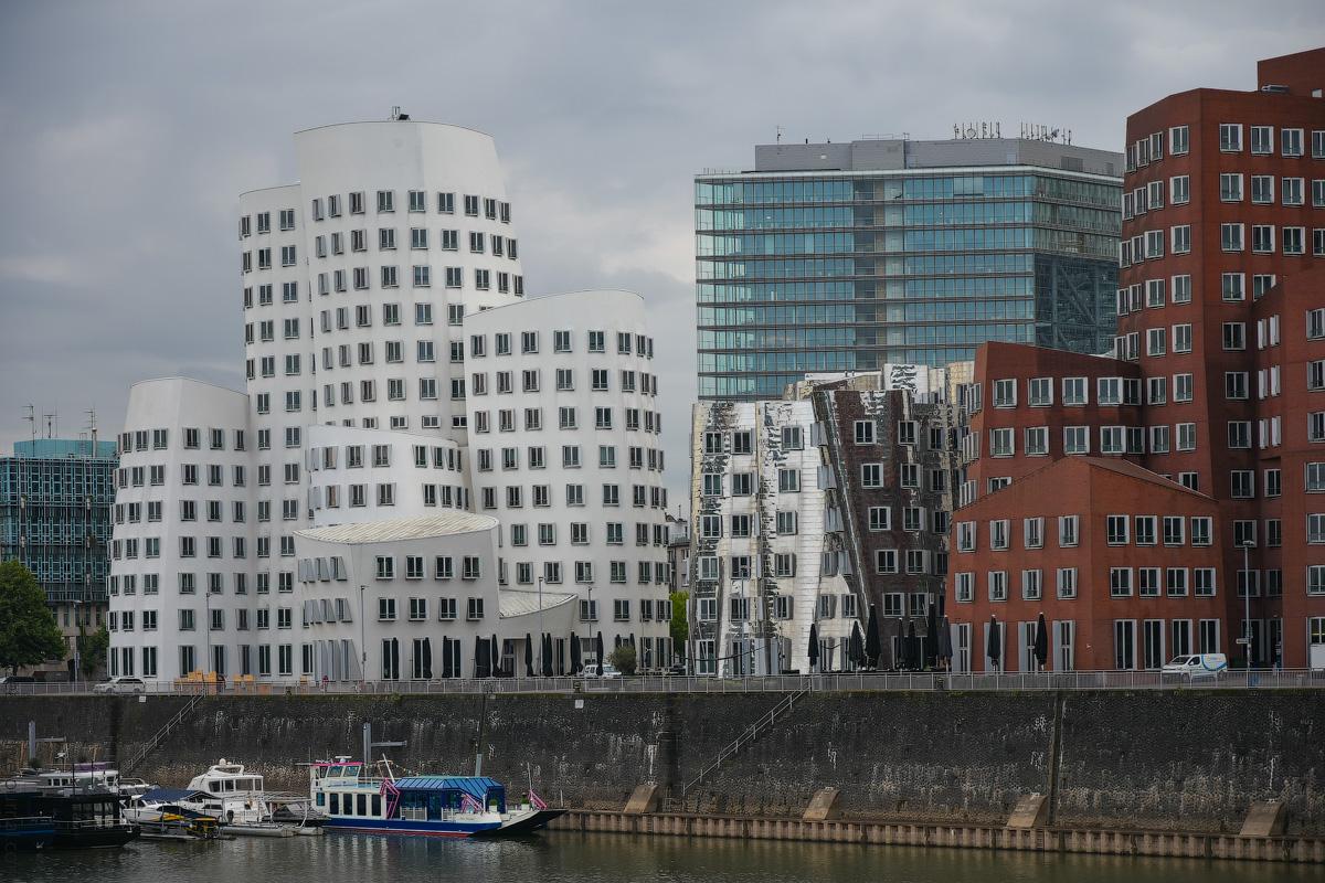 Duesseldorf-Mediahafen-(29)