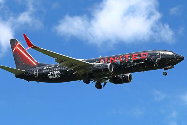 N36272 UNITED 737-824SW at KCLE