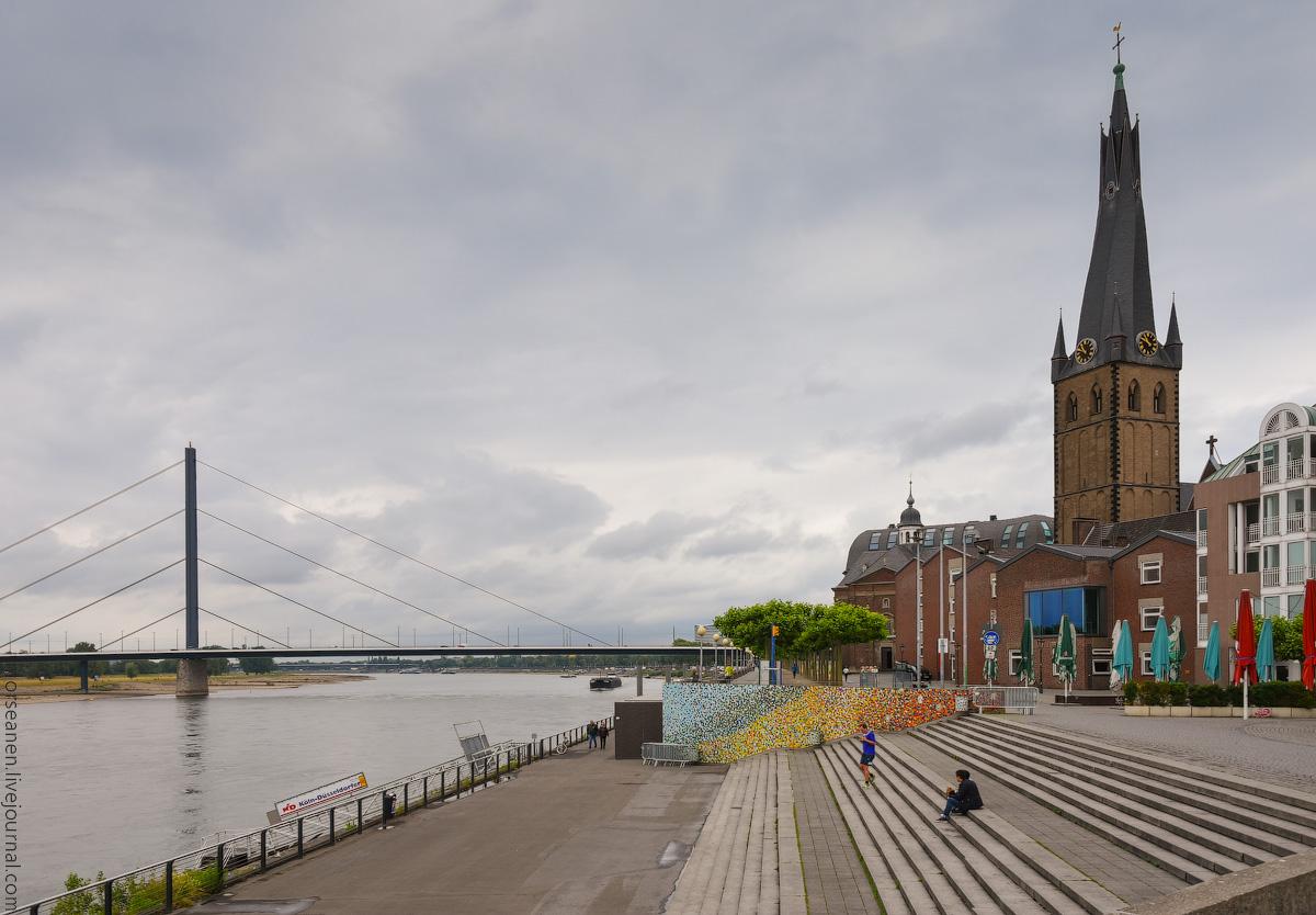 Duesseldorf-Rhein-(9)