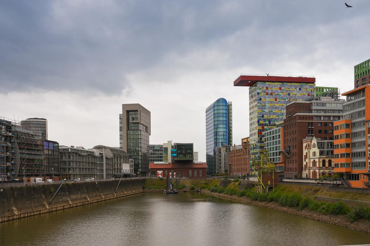 Duesseldorf-Mediahafen-(27)