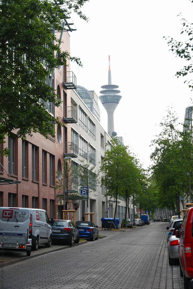Duesseldorf-Mediahafen-(23)