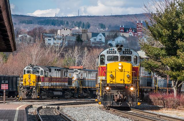 Alcos of Delaware Lackwanna Railroad