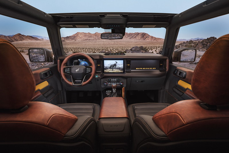 2021-Ford-Bronco-10