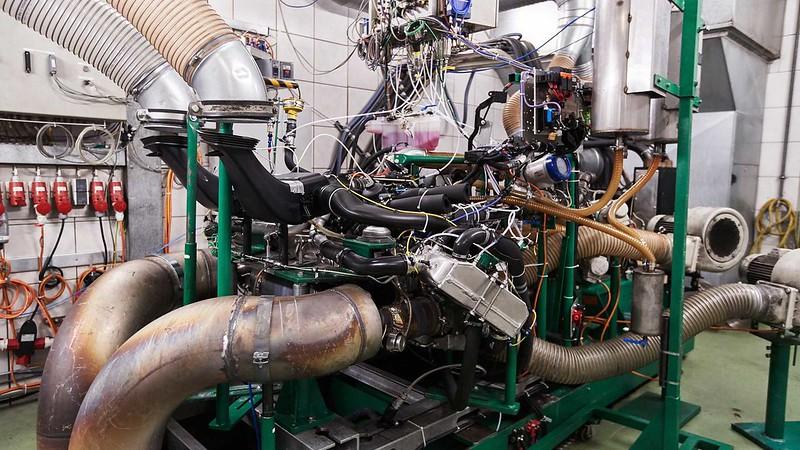 porsche-911-gt2-rs-3d-printed-pistons (1)