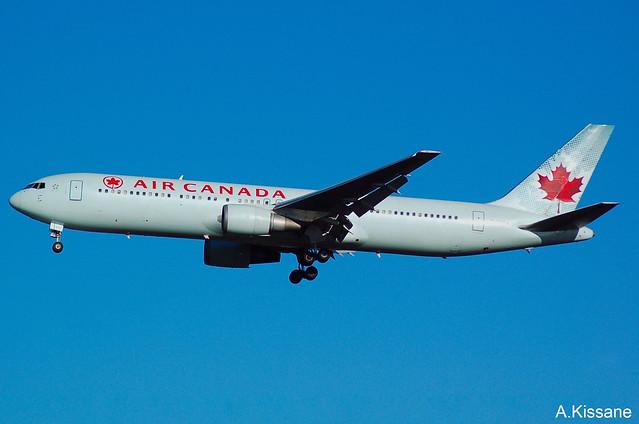 AIR CANADA B767 C-GSCA