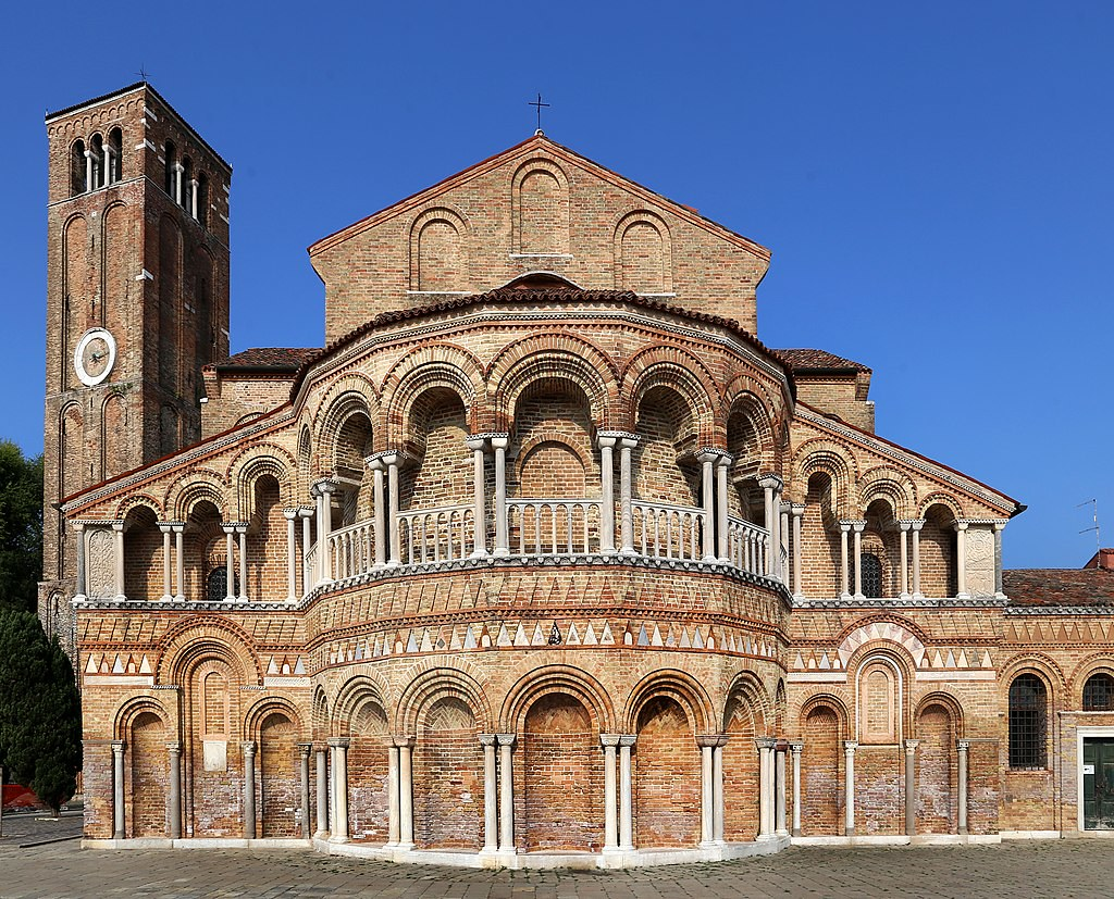 1024px-Murano,_santi_maria_e_donato_(duomo),_esterno,_08