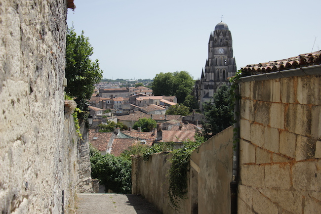 que-visiter-ville-saintes-charente-maritime-que-faire-escapade-decouvrir-city-guide-city-break-tourisme-blog-mode-la-rochelle-3