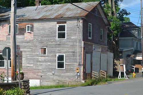 abandoned store borschtbelt swanlakeny stevensvilleny sullivancountyny