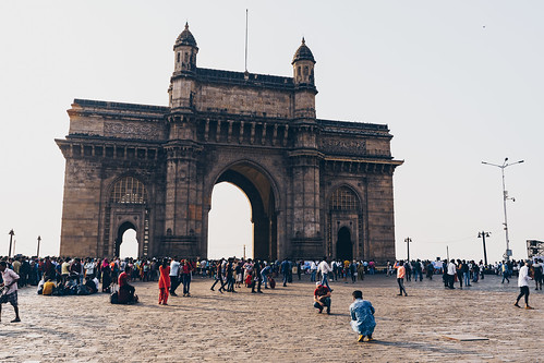 maharashtra arch colonial bombay monument city tourist destination structure sea attraction touristic india mumbai architecture gate skyline downtown view building crowd old people port harbor cityscape ancient landmark town sky culture exterior famous indian urban palace travel tower british gatewayofindia heritage landscape gateway tourism historic luxury