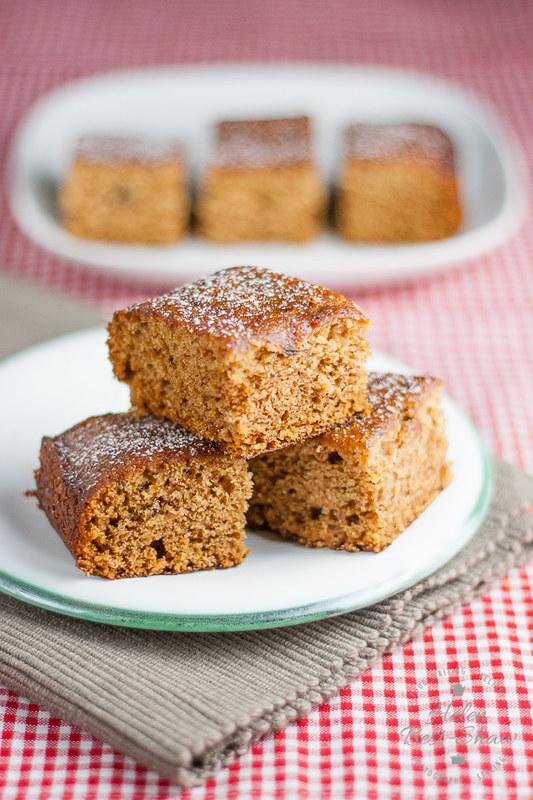 Easy-Ginger-Cake-Recipe-2