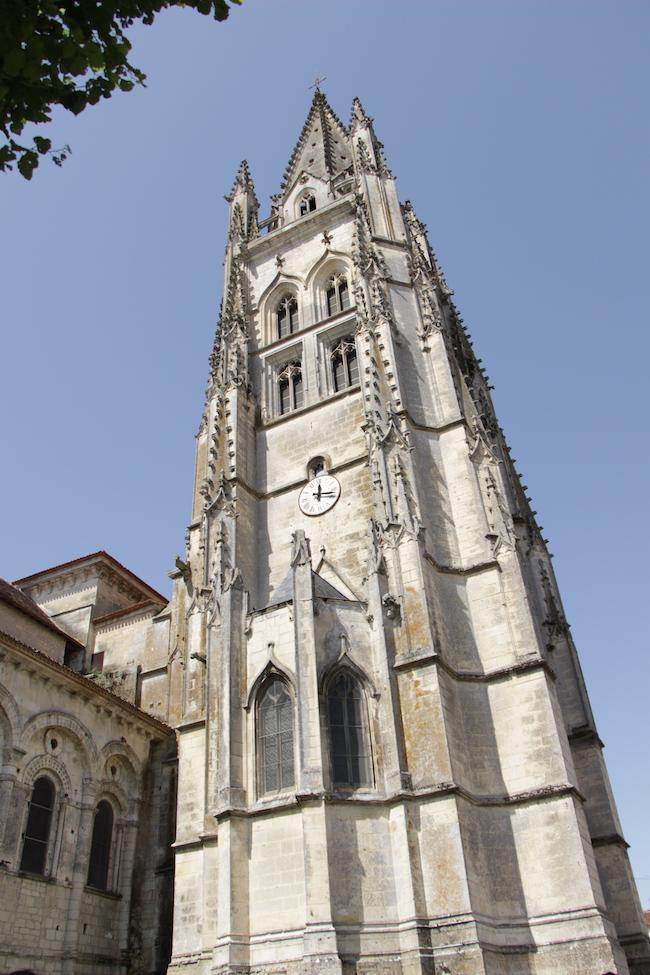 que-visiter-ville-saintes-charente-maritime-que-faire-escapade-decouvrir-city-guide-city-break-tourisme-blog-mode-la-rochelle-12