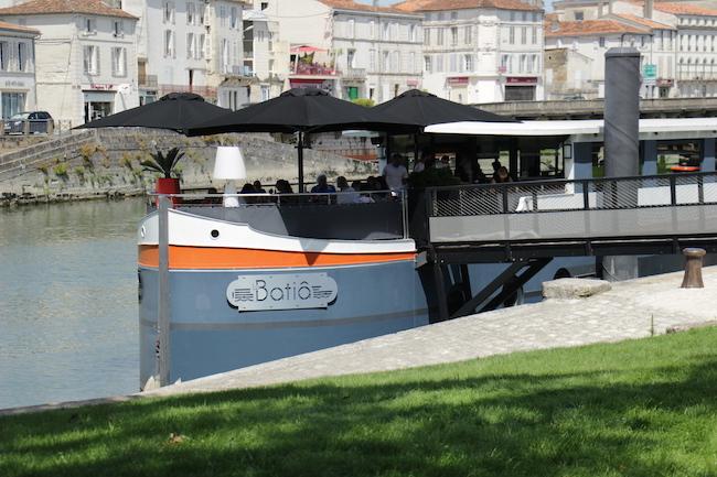 que-visiter-ville-saintes-charente-maritime-que-faire-escapade-decouvrir-city-guide-city-break-tourisme-blog-mode-la-rochelle-26