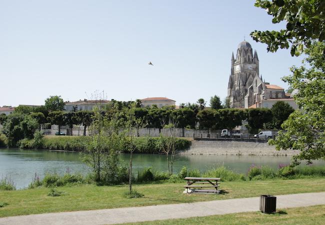 que-visiter-ville-saintes-charente-maritime-que-faire-escapade-decouvrir-city-guide-city-break-tourisme-blog-mode-la-rochelle-23