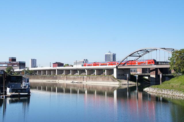 DB Regio_Twindexx Vario BR 446_Mannheim-Handelshafen 19.05.2020 [RE 70 Main-Neckar-Ried-Express]