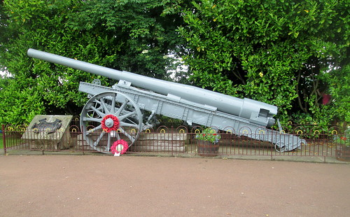 Artillery Piece as War Memorial, 1900s Town, Beamish