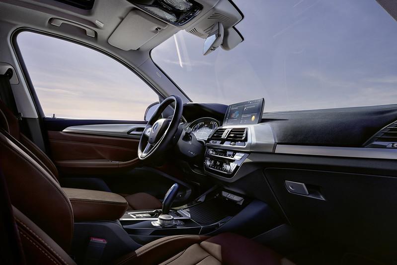 2021-BMW-iX3-77