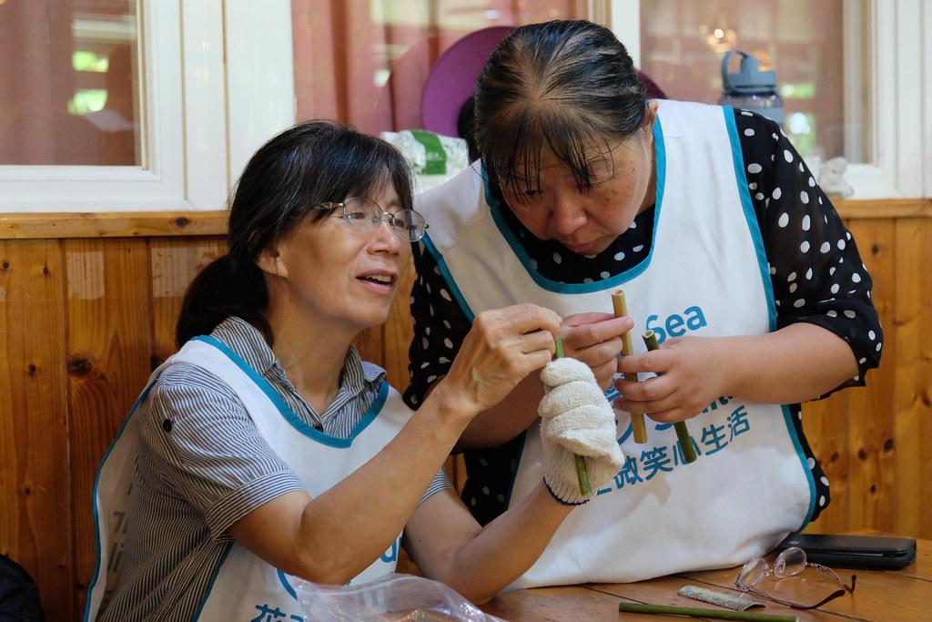 從製作自己的竹吸管開始,養成重複使用的習慣。攝影:曾子郡。