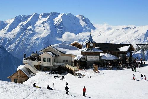 Folie-Douce-restaurant-montagne-Alpe-D'Huez-JMV-Resort (4)
