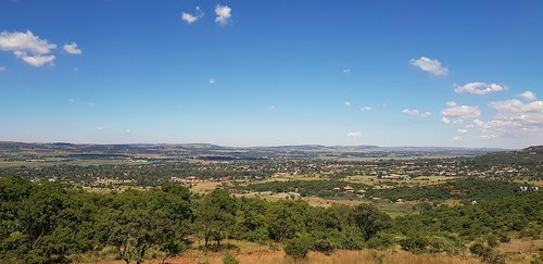klipriviersbergnaturereserve johannesburg southafrica klipriviersberg nature reserve south africa green hills greenhills greenhill hil view views viewpoint outdoors grass greenery tree trees