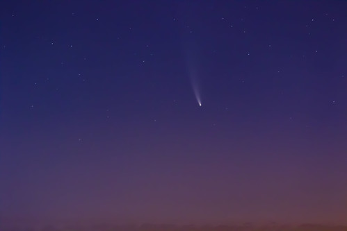 Comet Neowise from Madrid, Spain | by dgarridosan