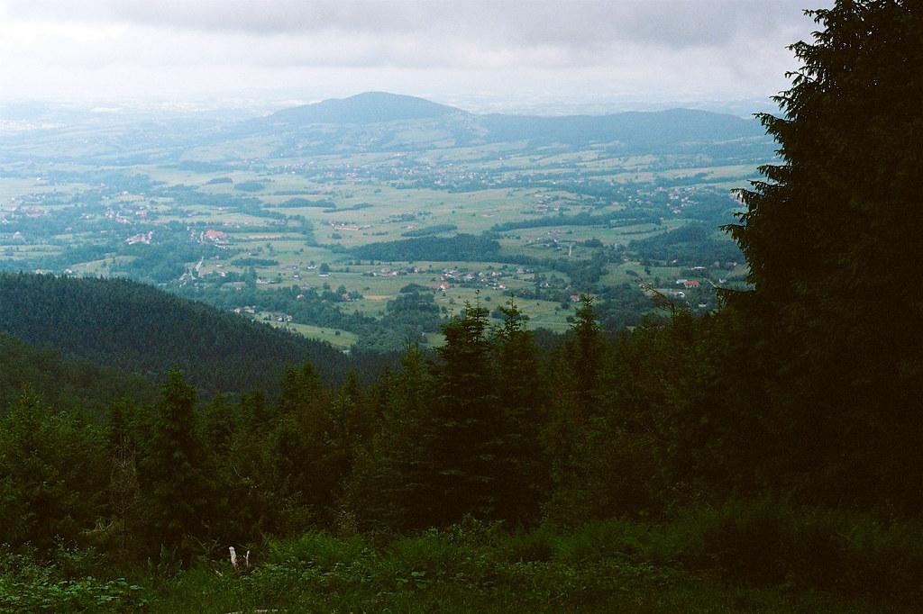 Widok z Lubomira w stronę Grodziska