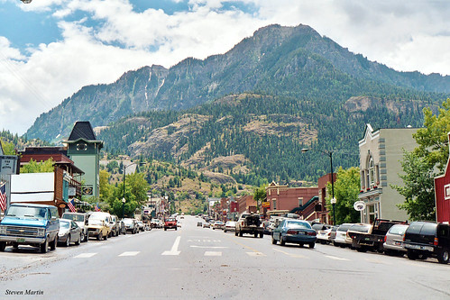 street mountain downtown businessdistrict commercialbuildings 2004 colorado ouray