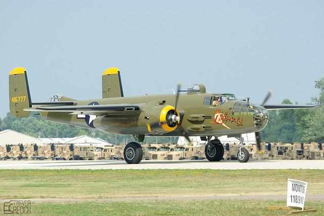 N345BG, Georgies Gal, B-25J-30-NC, 44-86777