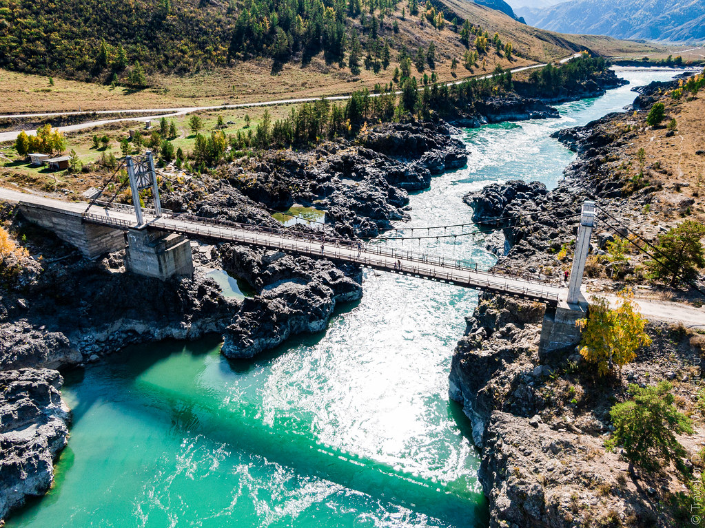 Oroktoyskiy-Bridge-Altai-mavic-0814