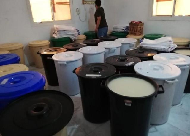 5684 Saudi Police raided an alcohol factory in Jeddah 02