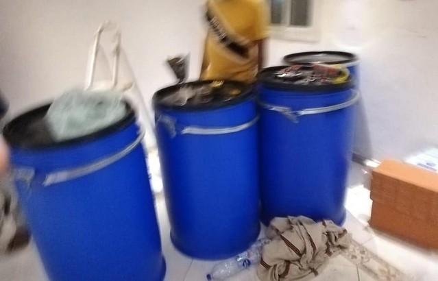 5684 Saudi Police raided an alcohol factory in Jeddah 03