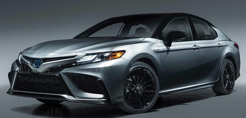 2021-toyota-camry-xse-hybrid