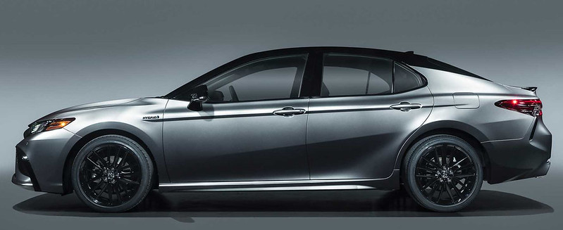2021-toyota-camry-xse-hybrid (2)