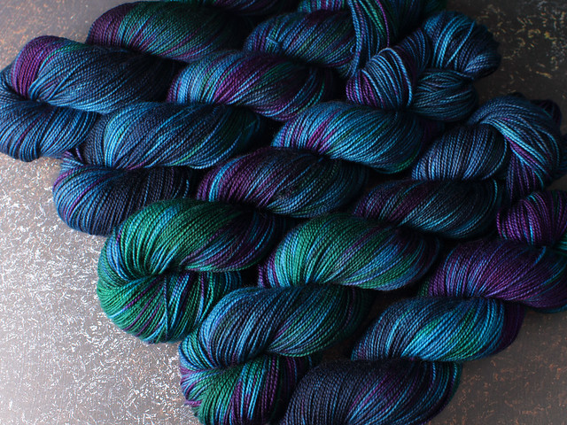 Favourite Sock – pure Merino 4 ply/fingering weight wool superwash hand dyed yarn 100g – 'Peacock Spell'
