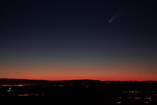 Cometa C/2020 F3 NEOWISE
