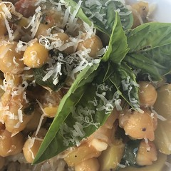 #zucchini #chickpeas #ceci #stewed #homemade #Food #CucinaDelloZio -