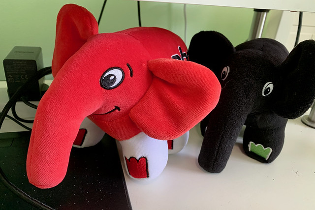Elephpants on my desk