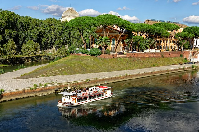 Rome / Boat on the Tiber / Tiberine Island