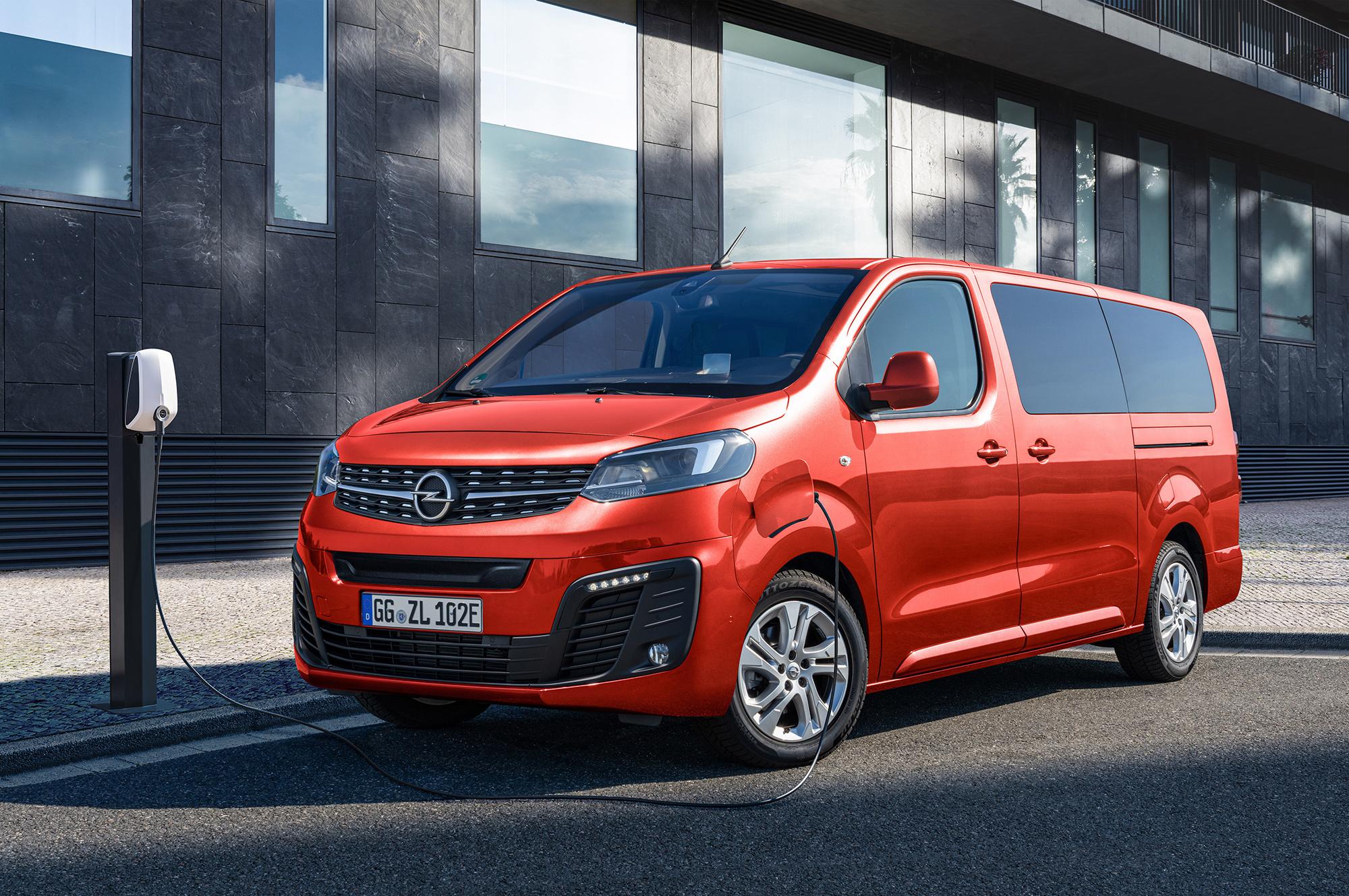 Opel Zafira-e Life завершил электрификацию вэнов PSA