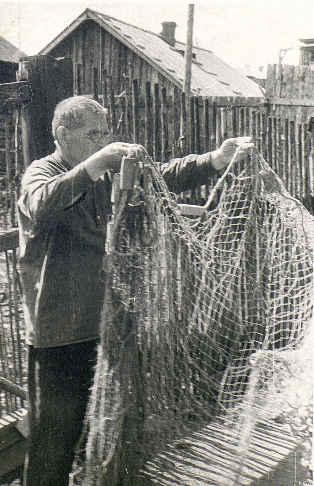 56. Трехстенная рыболовная сеть