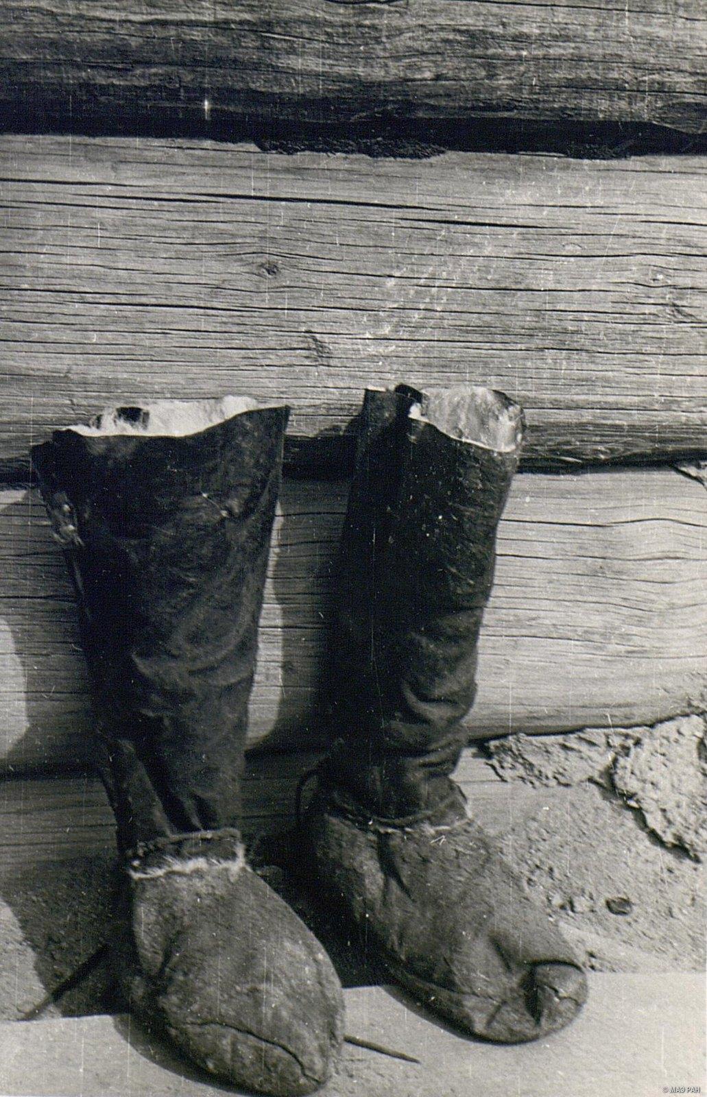 49. Мужская меховая обувь