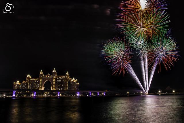 Atlantis The Palm - DSS Fireworks 2020
