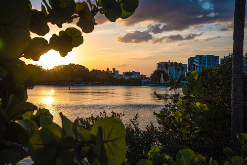 sunset bay sarasota florida sarasotaflorida sarasotabay water reflection city cityscape nature sun