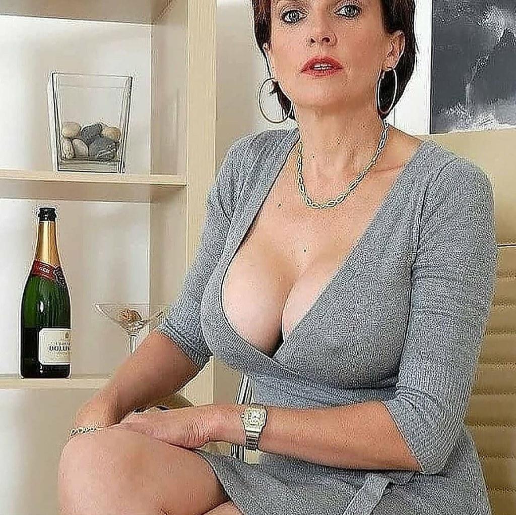 Hot mature woman