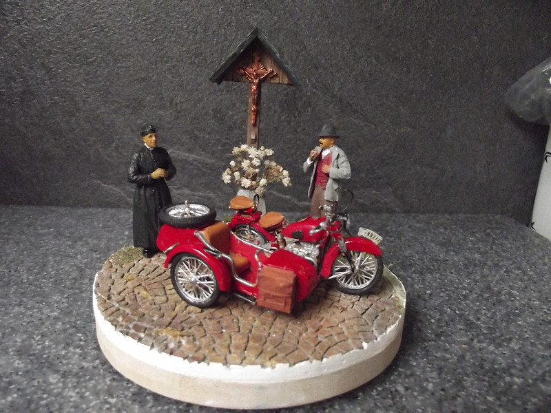 figurines miniart moto zveda 1/385 50122282052_8c2b11cb9a_c