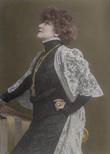 Actress Saraj Bernhardt (1902)