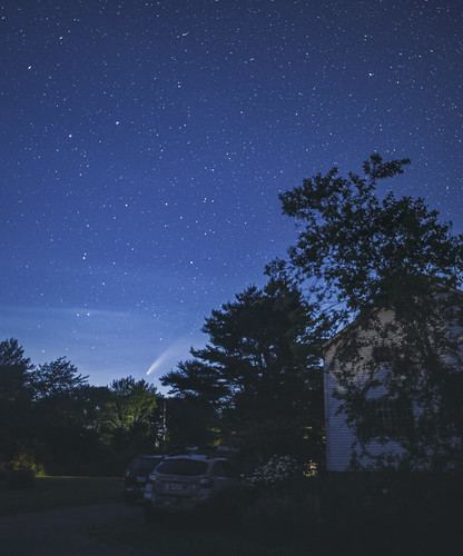 cometneowise maine night backyard comet stars sky
